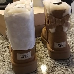 Authentic UGG Mini Bailey Bow Swirl Boots